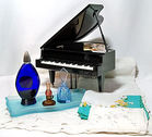 Musical Piano, Plays 6 Tunes