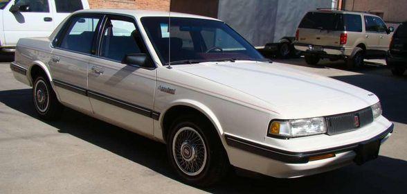 Oldsmobile Cutlass Ciera 1992. 1992 Oldsmobile Cutlass Ciera:
