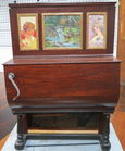Lot 70) Barrel organ or Hurdy Gurdy