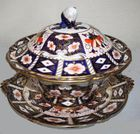 Lg.Royal Crown Derby tureen