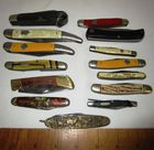 COLLECTION OF FOURTEEN POCKET KNIVES