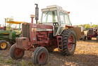 IH FARMALL 1456 TURBO W/CAB